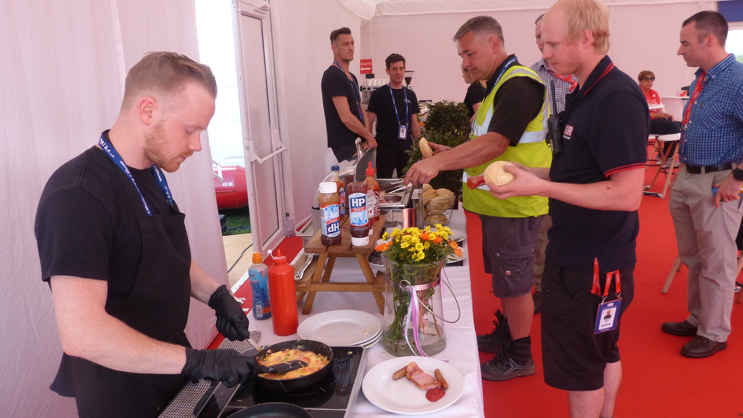Fayre Do's chef cooking omelette